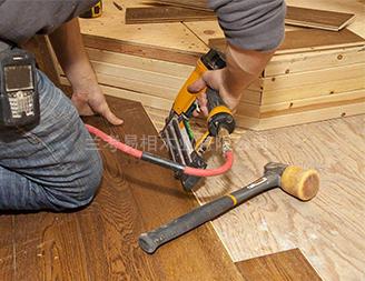 易相木业安装现场
